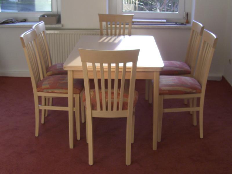 Holzst hle armlehnst hle tisch und stuhl dresden for Stuhl 24 dresden