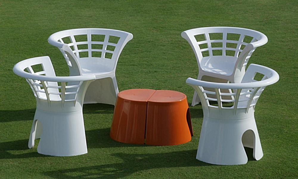 pool m bel tisch und stuhl dresden. Black Bedroom Furniture Sets. Home Design Ideas