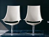 Designer Drehsessel LULLABY von ENRICO PELLIZZONI, Italien