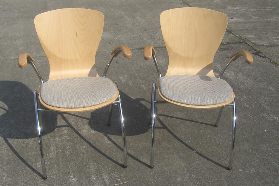 Besucherst hle tisch und stuhl dresden for Stuhl 24 dresden
